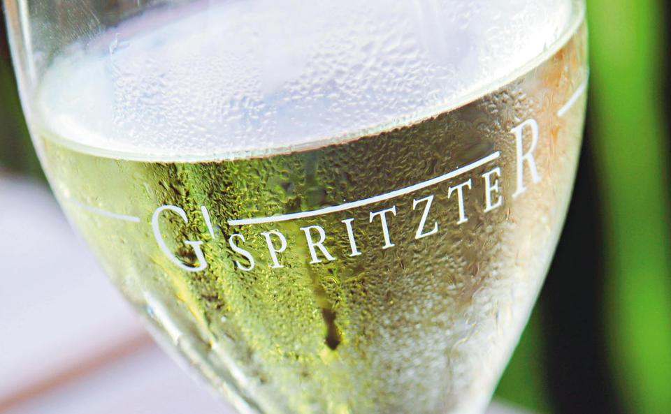 Der G\'spritzte - das beliebteste alkoholische Erfrischungsgetränk