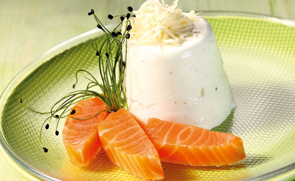 joghurt mousse mit lachs rezept gusto at. Black Bedroom Furniture Sets. Home Design Ideas
