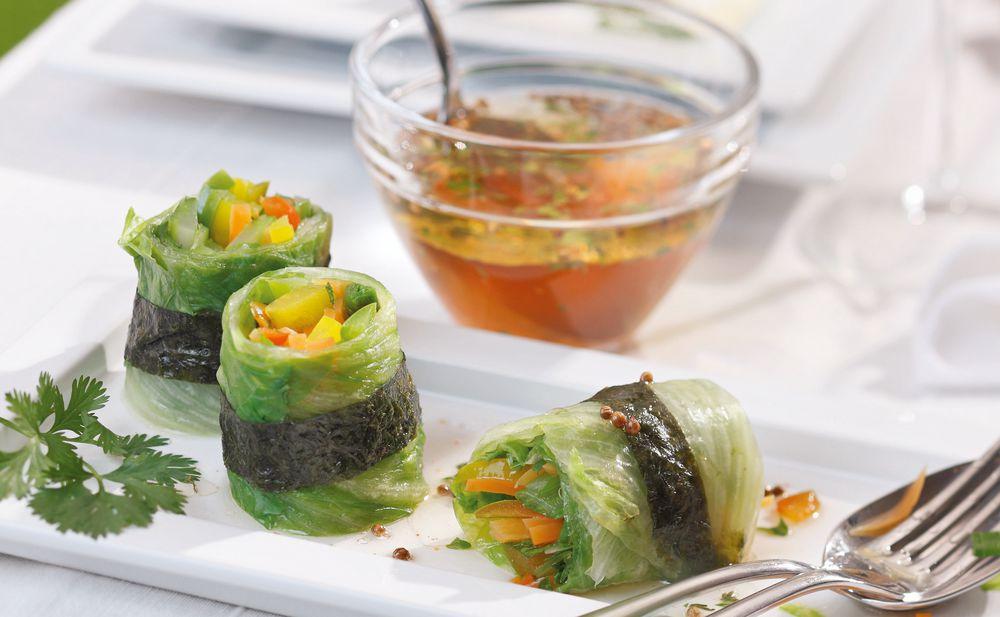 salat r llchen mit asia marinade rezept gusto at. Black Bedroom Furniture Sets. Home Design Ideas