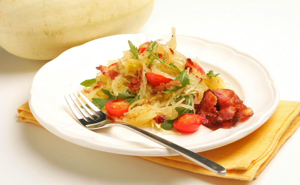 Spaghettikurbis Mit Speck Und Rucola Rezept Gusto At
